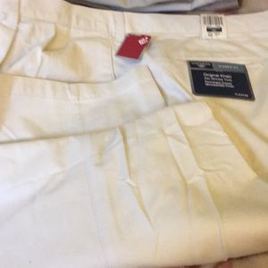 NWT sz 50 x 32 khakis by dockers